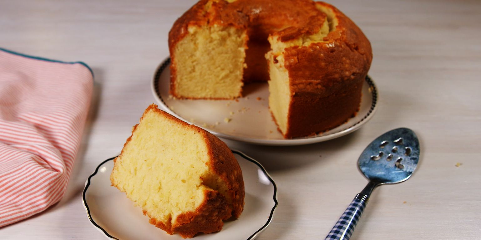Ina Garten Vs Paula Deen Whose Pound Cake Is Better
