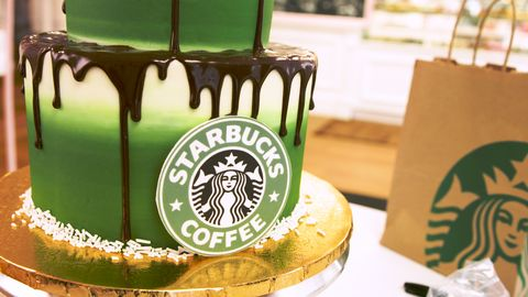 Swell Watch Starbucks Lovers Will Be Hypnotized By This Cake Decorating Funny Birthday Cards Online Unhofree Goldxyz