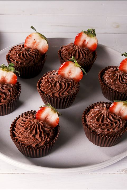 Strawberry Chocolate Mousse Cups - Delish.com