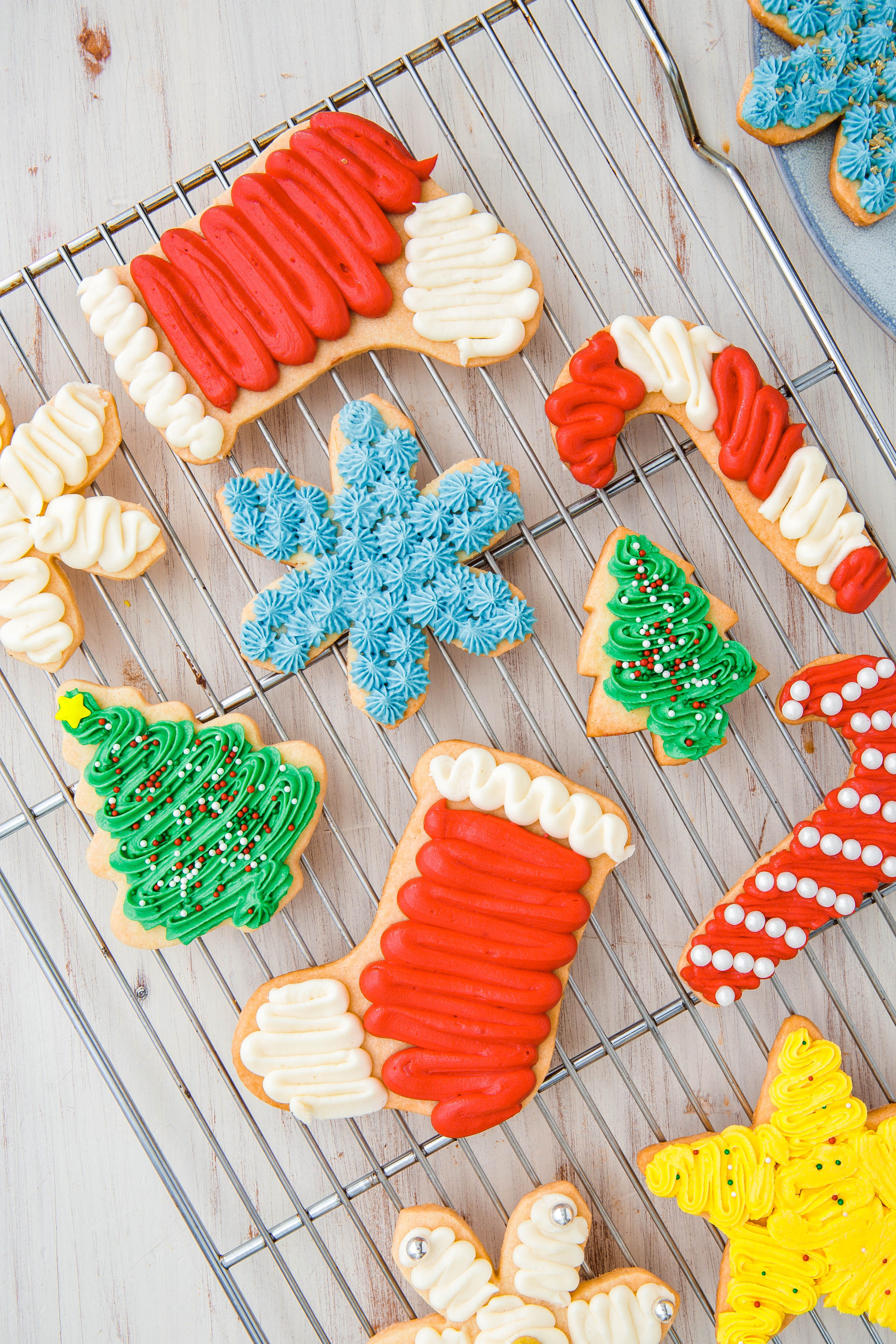 80 Best Christmas Desserts Recipes For Festive Holiday Desserts