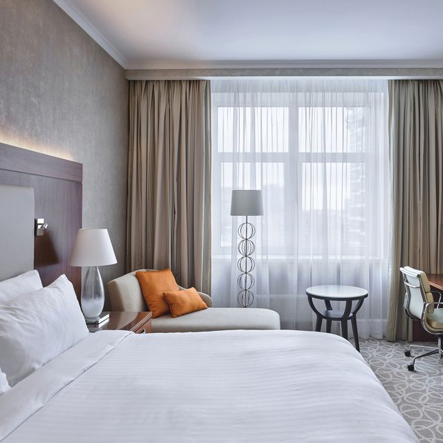 luxury hotel room in marriott moscow