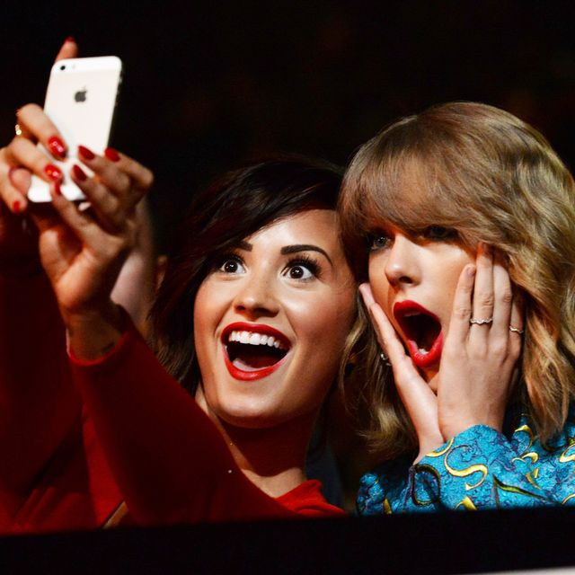 Demi Lovato Shut Down Rumors Of A Feud With Taylor Swift