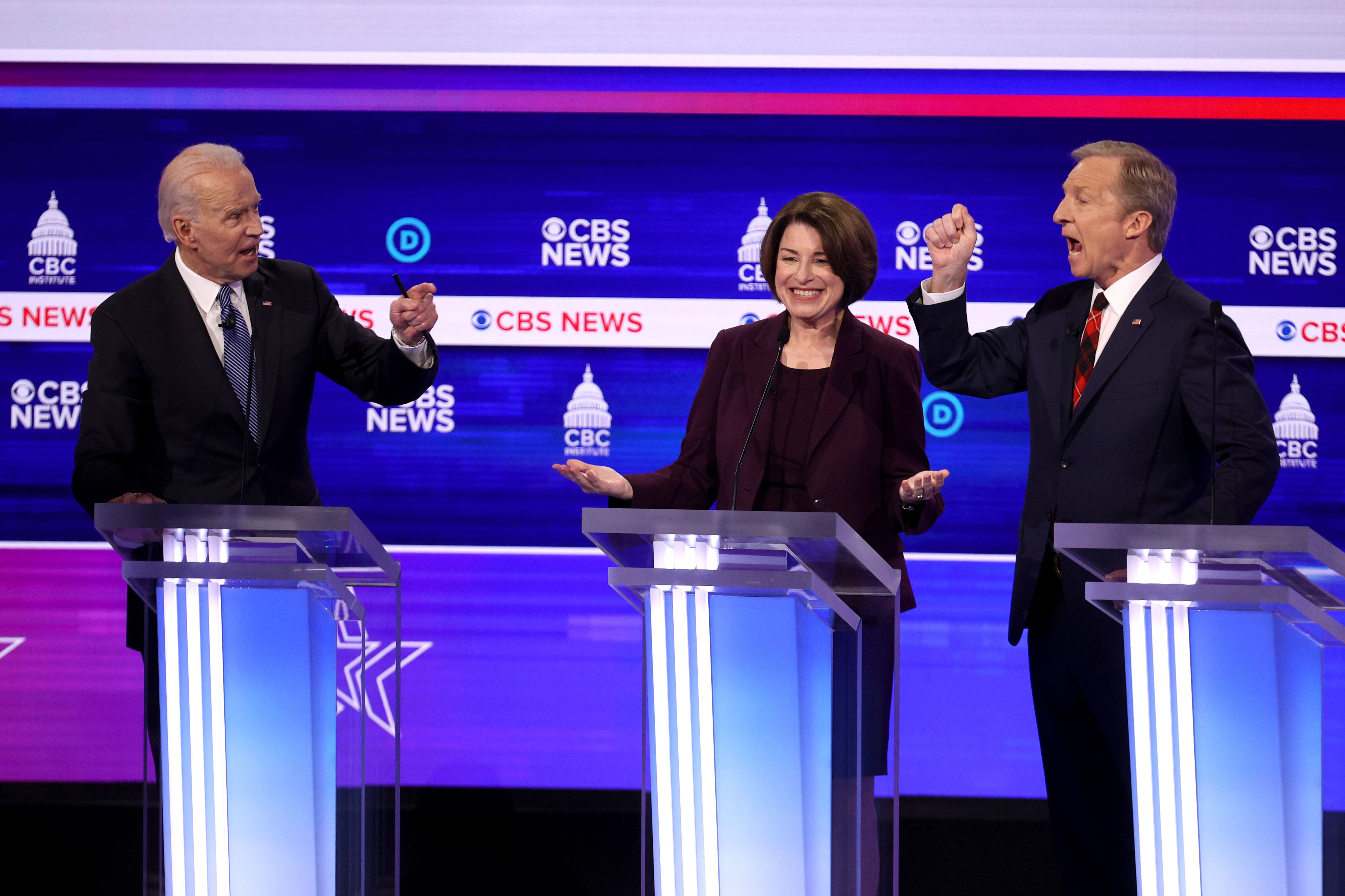 What Makes This Photo of Amy Klobuchar at the South Carolina Democratic Debate So Universal?
