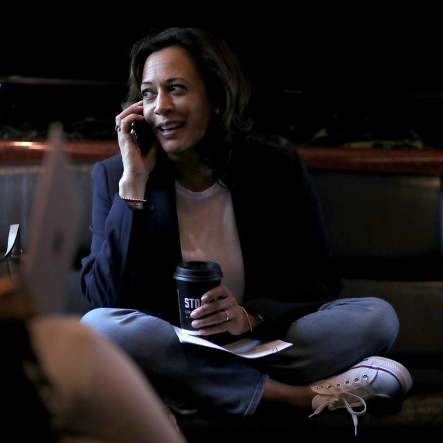 Kamala Harris Loves Converse Sneakers Here S Why That Matters