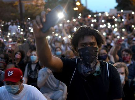 protesters demonstrate in dc against death of george floyd by police officer in minneapolis