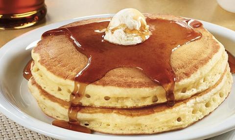 Dish, Food, Cuisine, Pancake, Dessert, Ingredient, Chiboust cream, Breakfast, Baked goods, Produce,