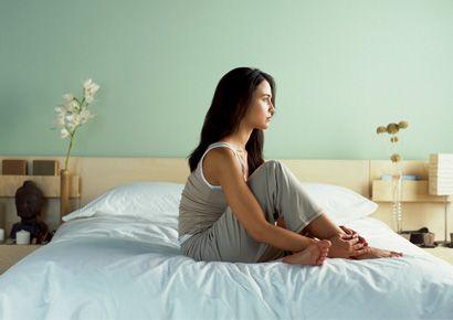 Bed, Room, Lighting, Hairstyle, Bedding, Shoulder, Bedroom, Textile, Bed sheet, Interior design,