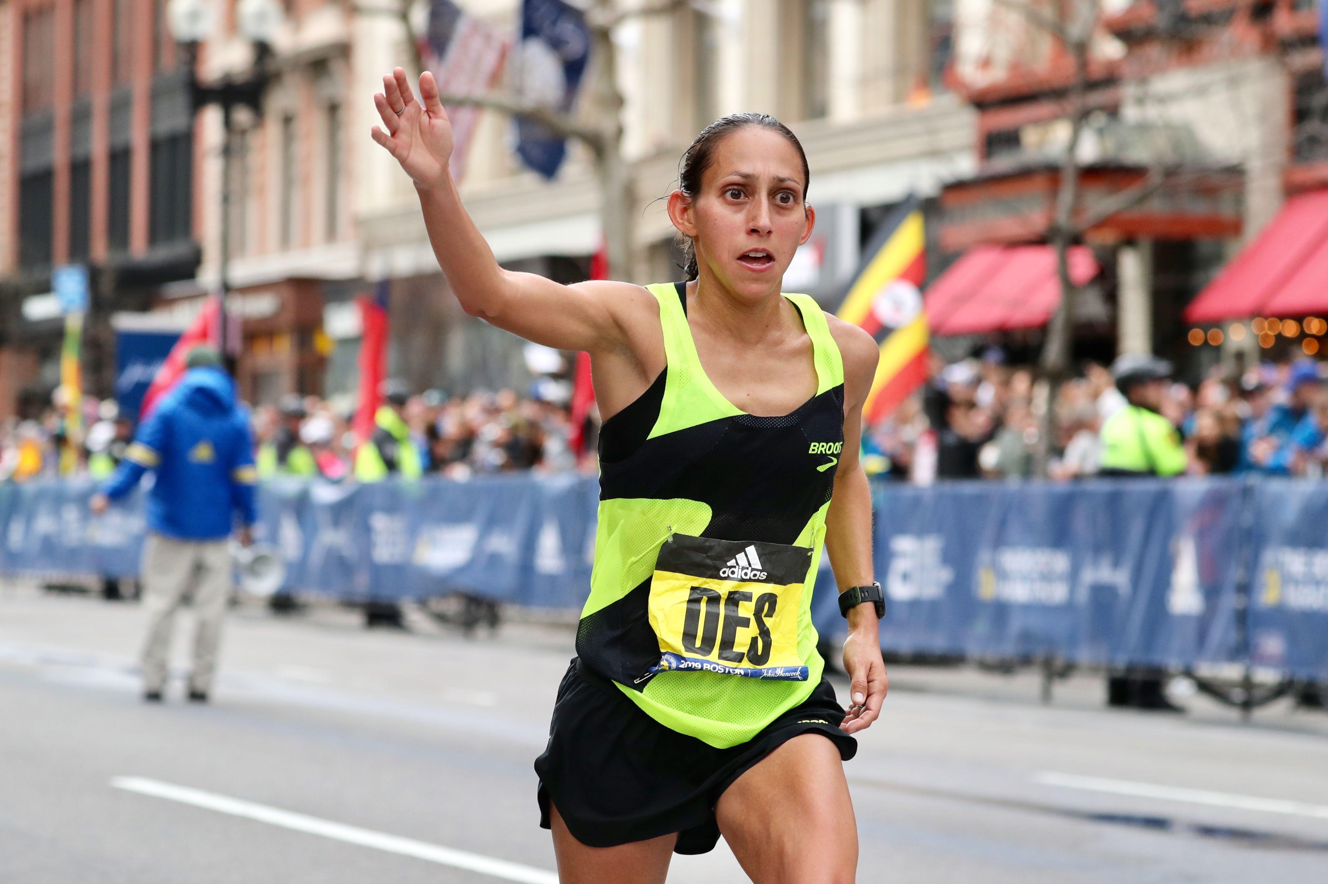 ab307a7a347 Desiree Linden Finishes Fifth at Boston Marathon - Des Lindon Boston  Marathon Results