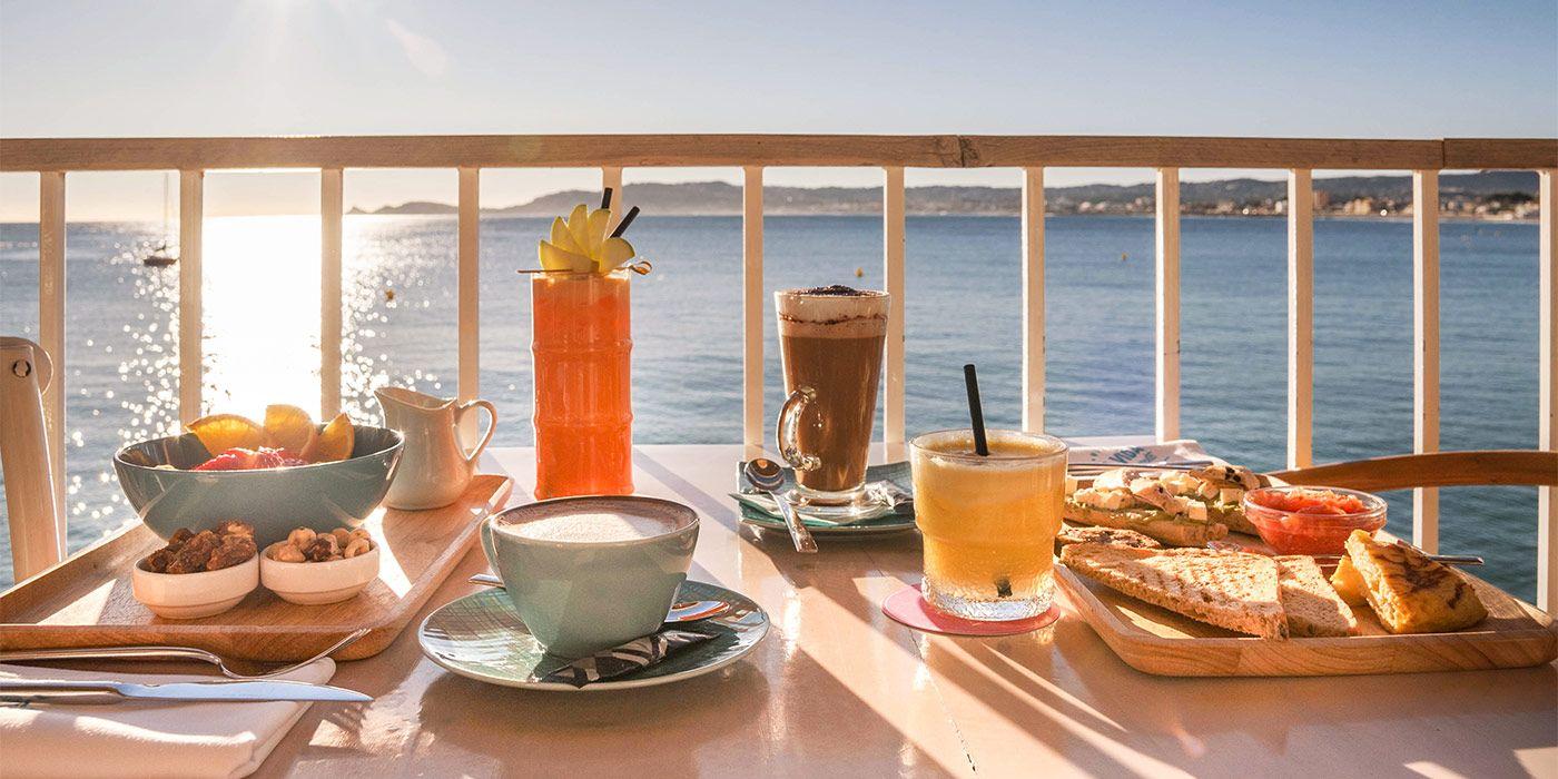 Desayunos con vistas al mar para empezar bien los días de verano