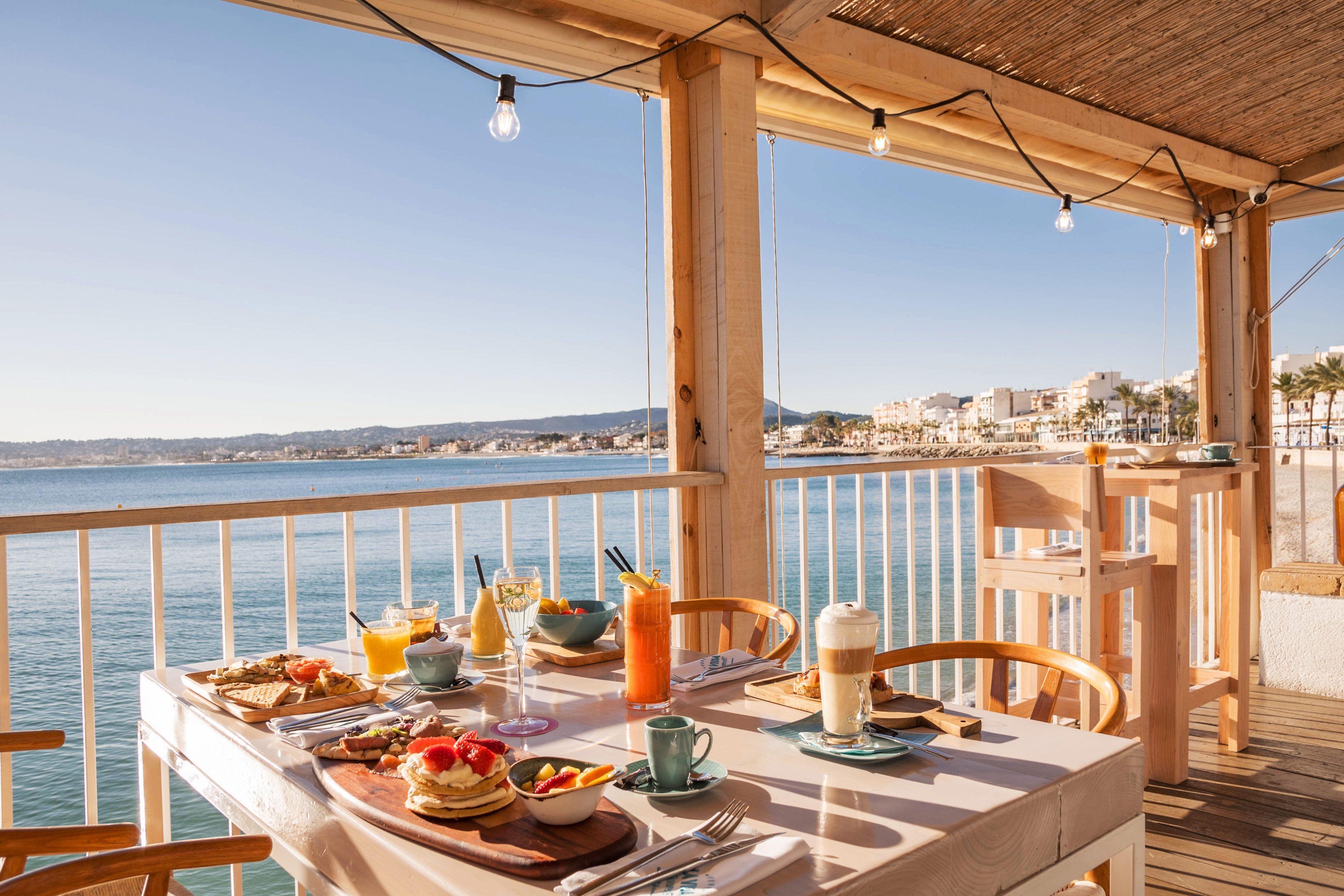 desayunos, vistas al mar, desayunos con vistas al mar