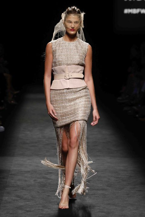 Fashion model, Fashion, Runway, Fashion show, Clothing, Beauty, Haute couture, Dress, Fashion design, Leg,