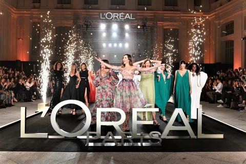 Fashion, Event, Fashion design, Dress, Formal wear, Fashion show, Runway, Stage, Haute couture, Performance,