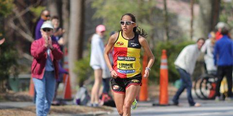 Desi Linden at the 2014 Boston Marathon