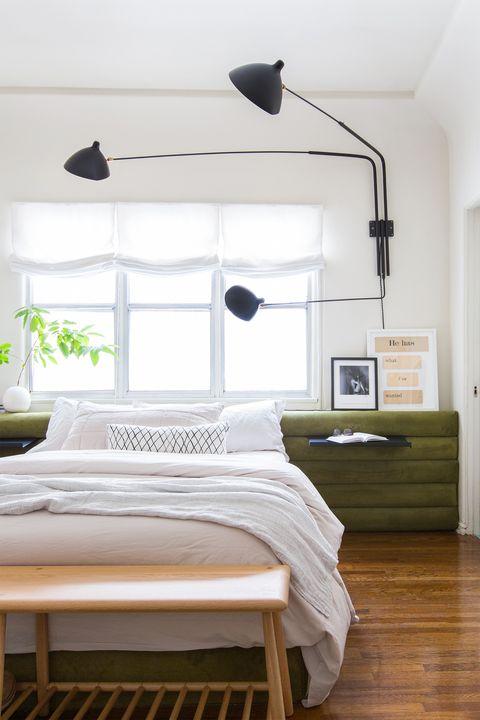 Giường ngủ đẹp với tấm đầu giường trải dài