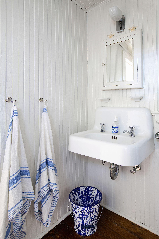40 Stunning Powder Room Ideas - Half-Bath Decor & Design Photos