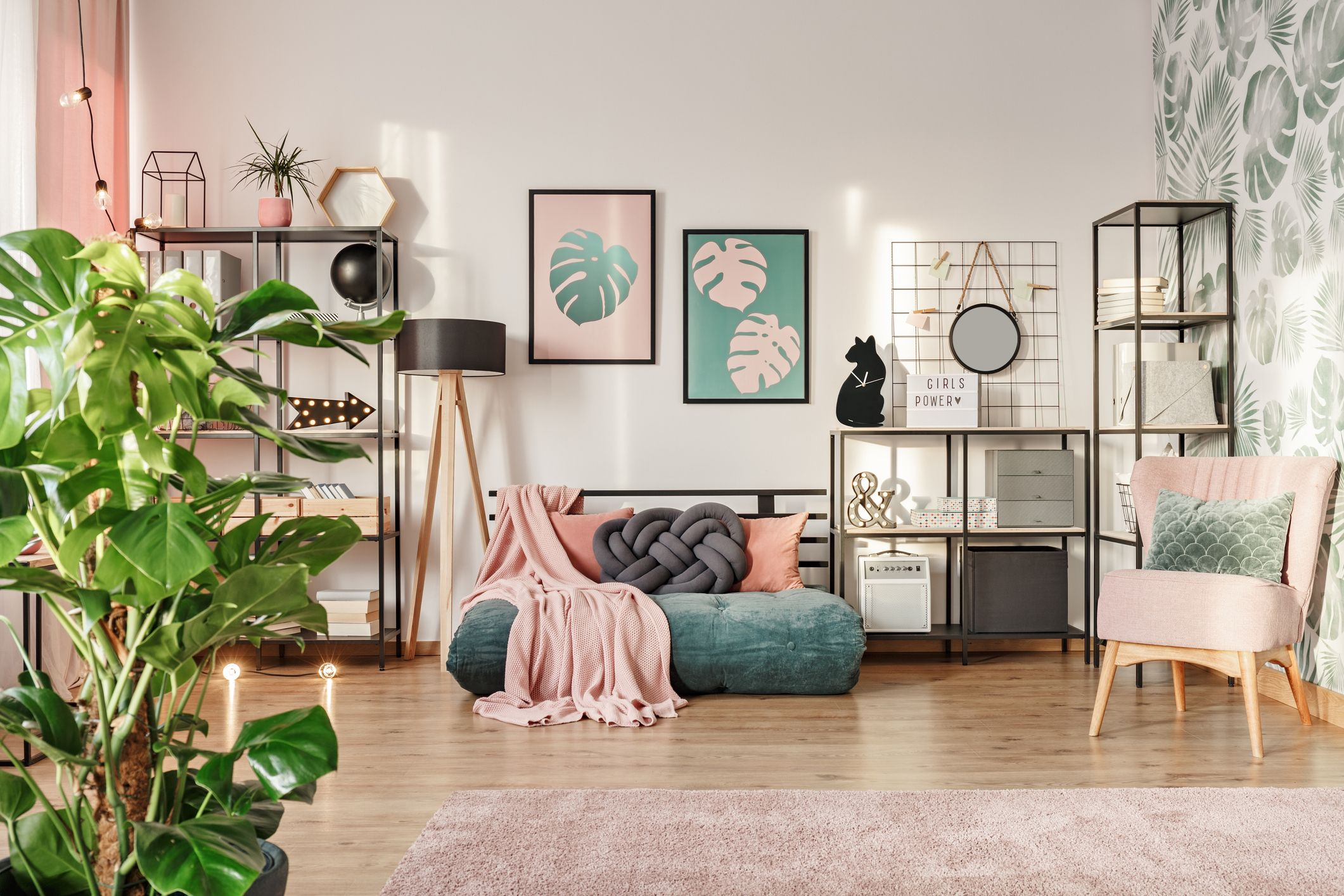 Image of: 15 Small Living Room Ideas How To Make Your Living Room Look Bigger