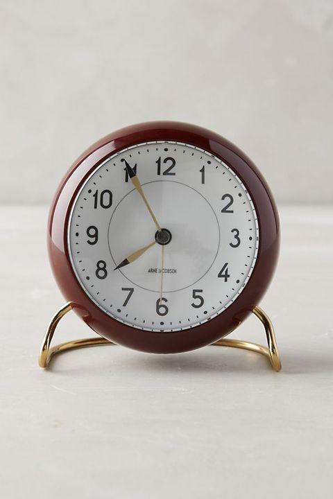 Clock, Alarm clock, Wall clock, Analog watch, Home accessories, Furniture, Quartz clock, Interior design, Number, Watch,