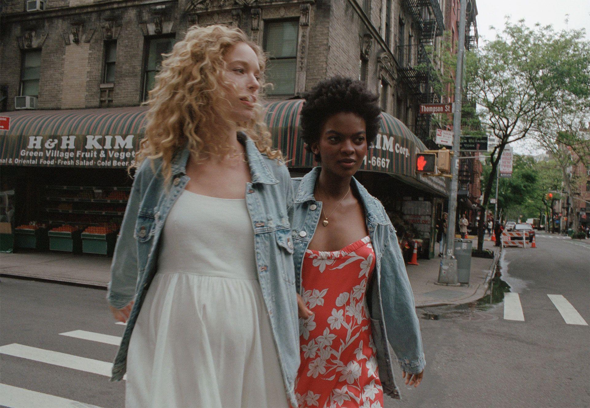 Zara lanza una nueva campaña para mujeres embarazadas y