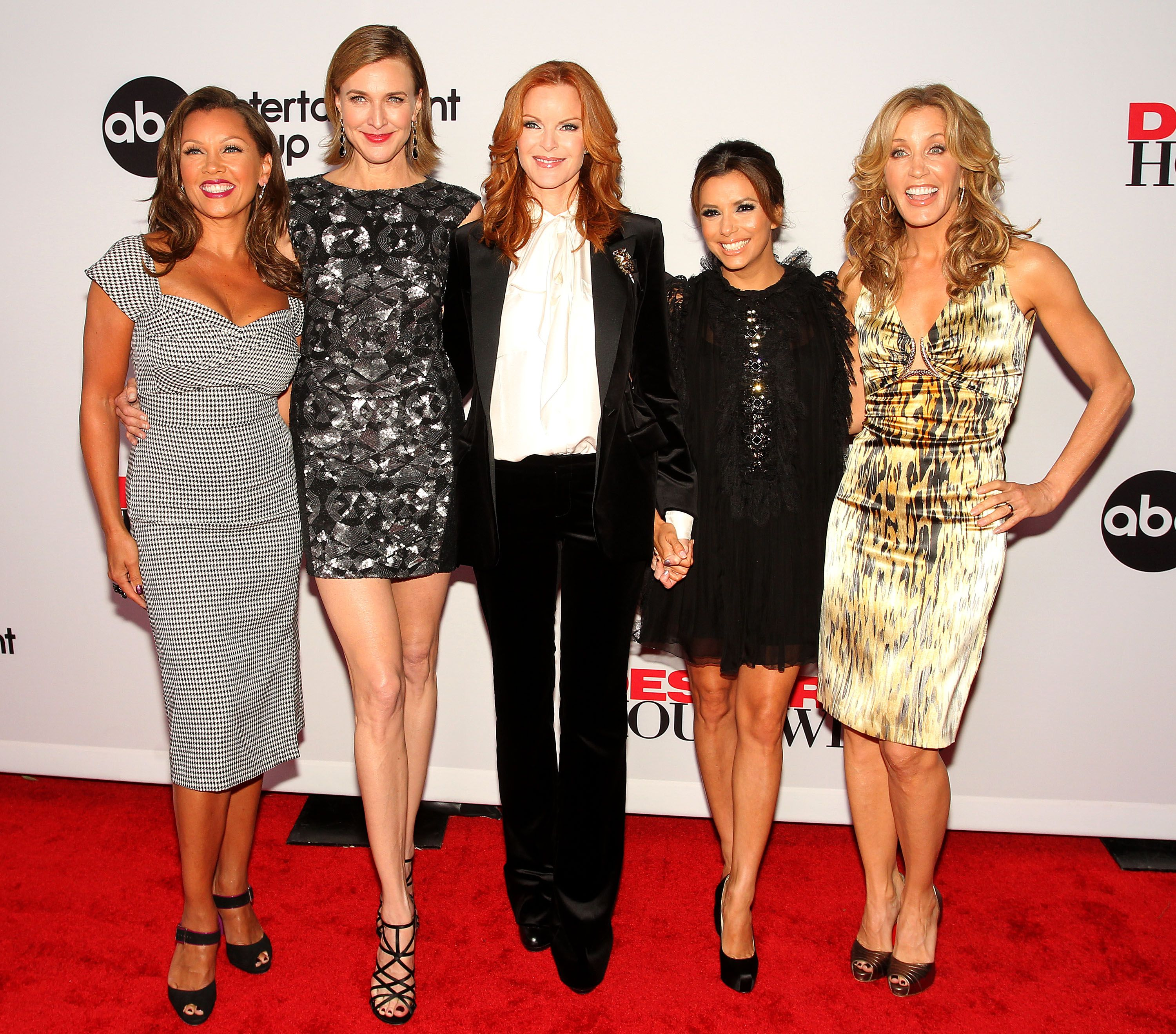 Desperate Housewives Cast To Reunite Without Two Main Characters The production is very good, the cast is flawless and. desperate housewives cast to reunite