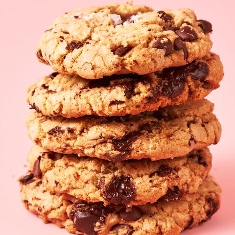 Dish, Food, Cookies and crackers, Oatmeal-raisin cookies, Snack, Baked goods, Cuisine, Ingredient, Cookie, Anzac biscuit,
