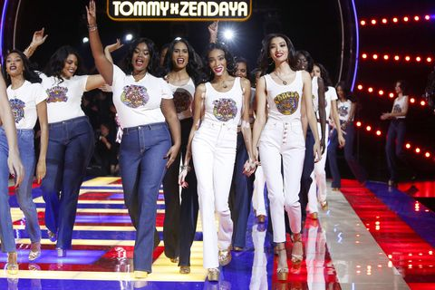 934bbe620 Tommy Hilfiger TOMMYNOW Spring 2019 : TommyXZendaya Premieres : Details At  The Theatre Des Champs Elysees