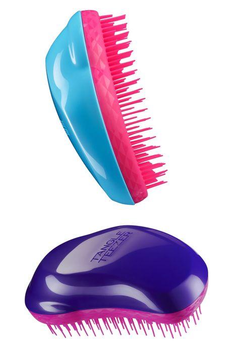 non solo una spazzola per i capelli bagnati ma perfetta anche per i capelli asciutti le setole morbide fanno anche un piccolo massaggio alla vostra