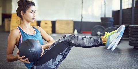 6 Medicine Ball Exercises That Will Strengthen Your Entire Core