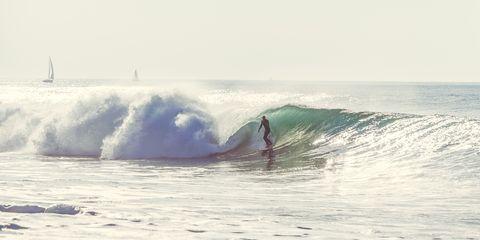 Wave, Wind wave, Surfing Equipment, Surfing, Boardsport, Surface water sports, Surfboard, Tide, Skimboarding, Ocean,