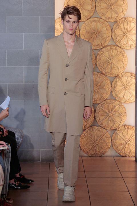Fashion, Clothing, Suit, Formal wear, Fashion show, Pantsuit, Runway, Haute couture, Outerwear, Fashion design,