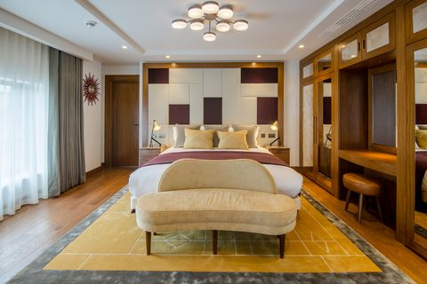 The Devonshire Club -Bedroom