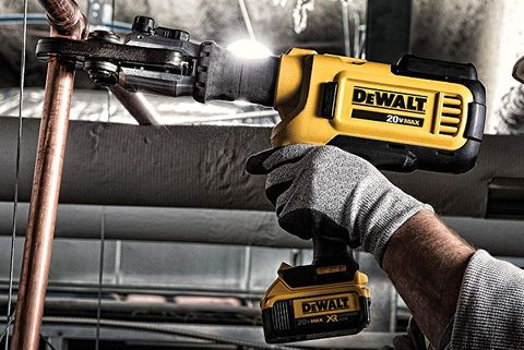 Impact wrench, Tire, Auto part, Vehicle, Impact driver, Machine, Hammer drill, Wheel, Metal,
