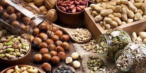 deze-noten-zijn-het-gezondst-best-gezondheid-walnoten-amandelen-cashewnoten-pindas-pistache
