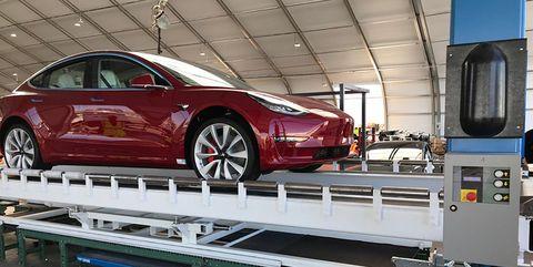 Land vehicle, Vehicle, Car, Tesla model s, Motor vehicle, Tesla, Automotive design, Transport, Mid-size car, Electric car,