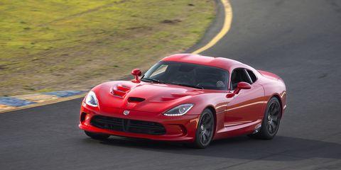 Land vehicle, Vehicle, Car, Performance car, Sports car, Red, Sports car racing, Automotive design, Dodge Viper, Supercar,