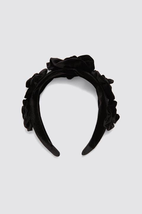 Headband, Hair accessory, Fashion accessory, Ear, Headgear, Headpiece, Costume accessory,