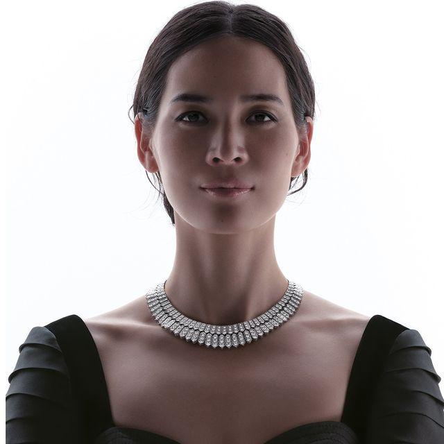 Shoulder, Neck, Beauty, Jewellery, Necklace, Fashion, Fashion accessory, Dress, Model, Photography,