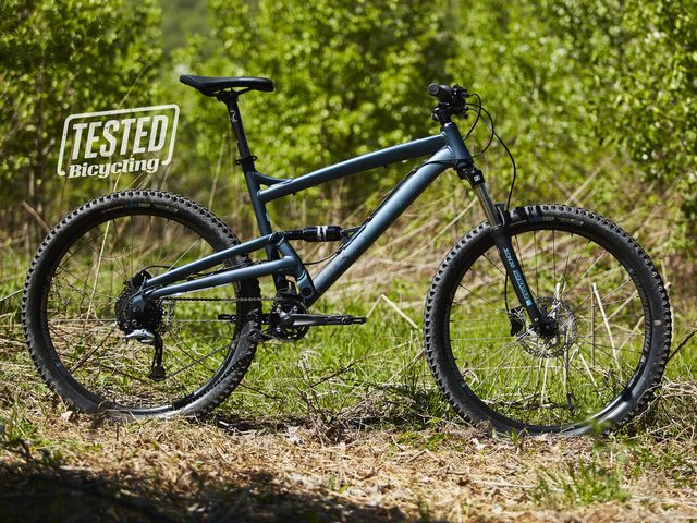 Best Full Suspension Mountain Bike >> The Diamonback Atroz 2 Is A Sub 1 000 Dollar Full Suspension Bike