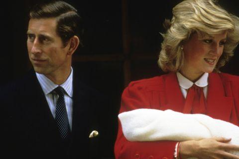 離婚 ダイアナ 妃 英ウィリアム&ヘンリー王子が初めて語る、故ダイアナ妃は「こんな母親だった」