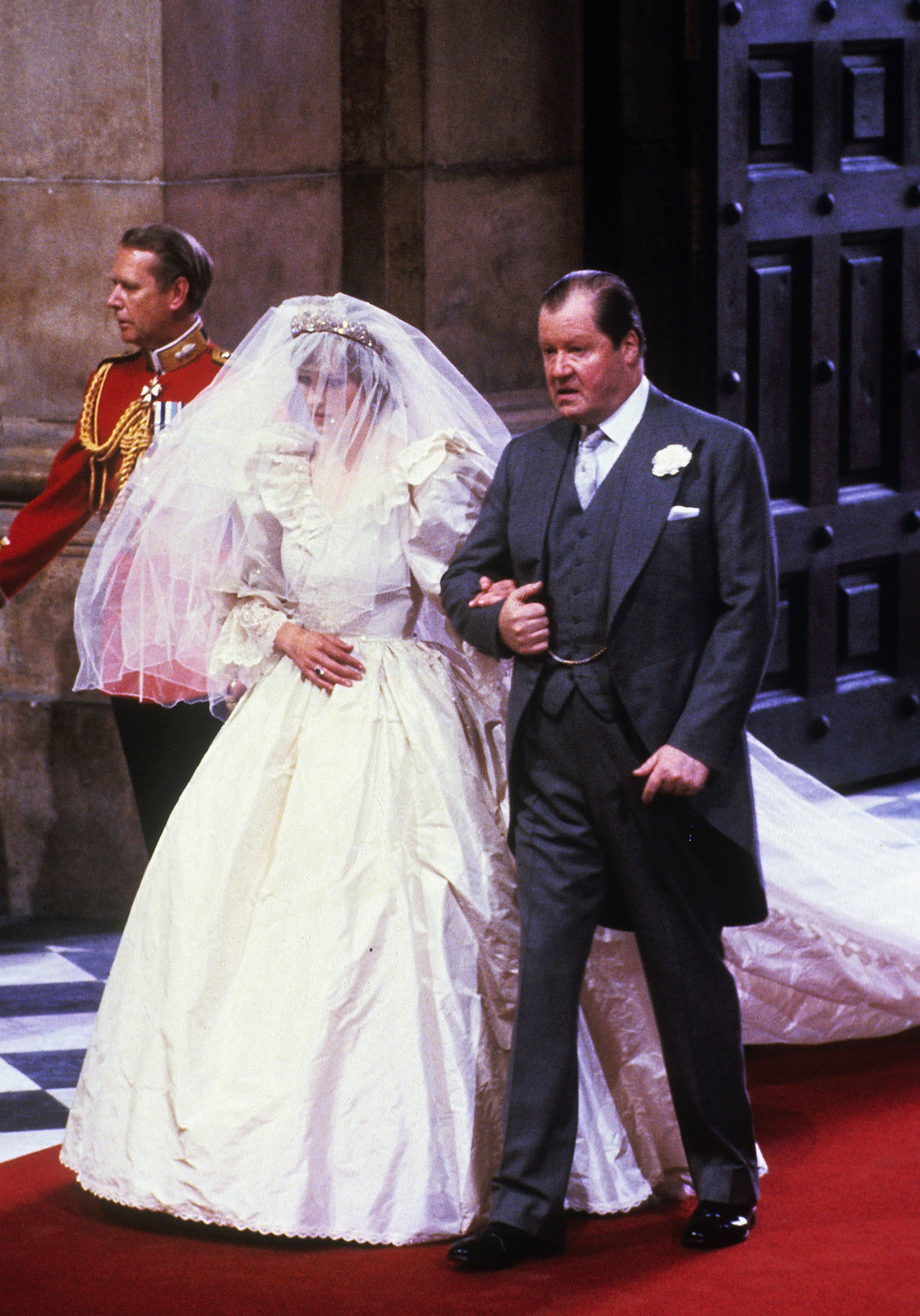 11++ Princess Diana Wedding Photos
