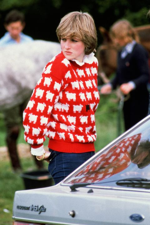 diana, princess of wales wearing black sheep jumper