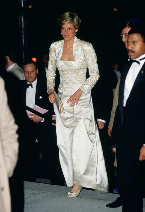 diana, princess of wales wears a dress designed by victor ed