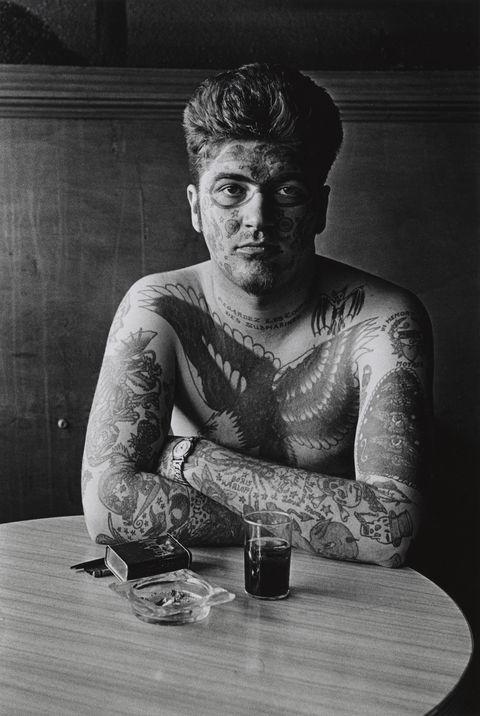 Diane Arbus, uomo tatuato, tattoo
