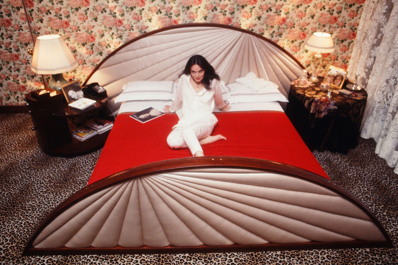 Diane Von Furstenberg In Bed Home