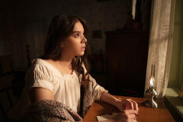 "hailee steinfeld as emily dickinson in ""dickinson"" on apple tv"