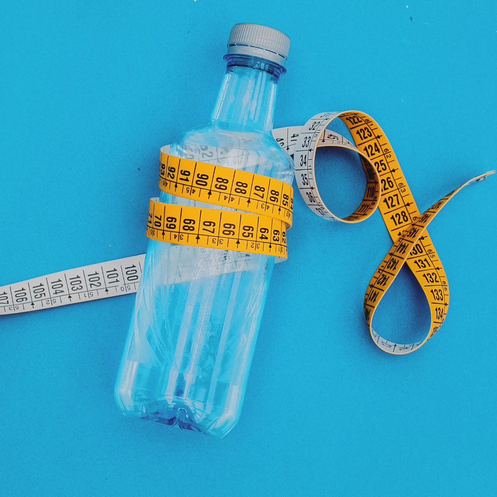 How to Get Rid of Water Weight Fast, According to Dietitians