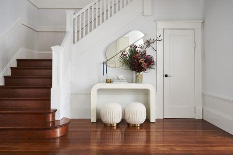 stairway, entryway