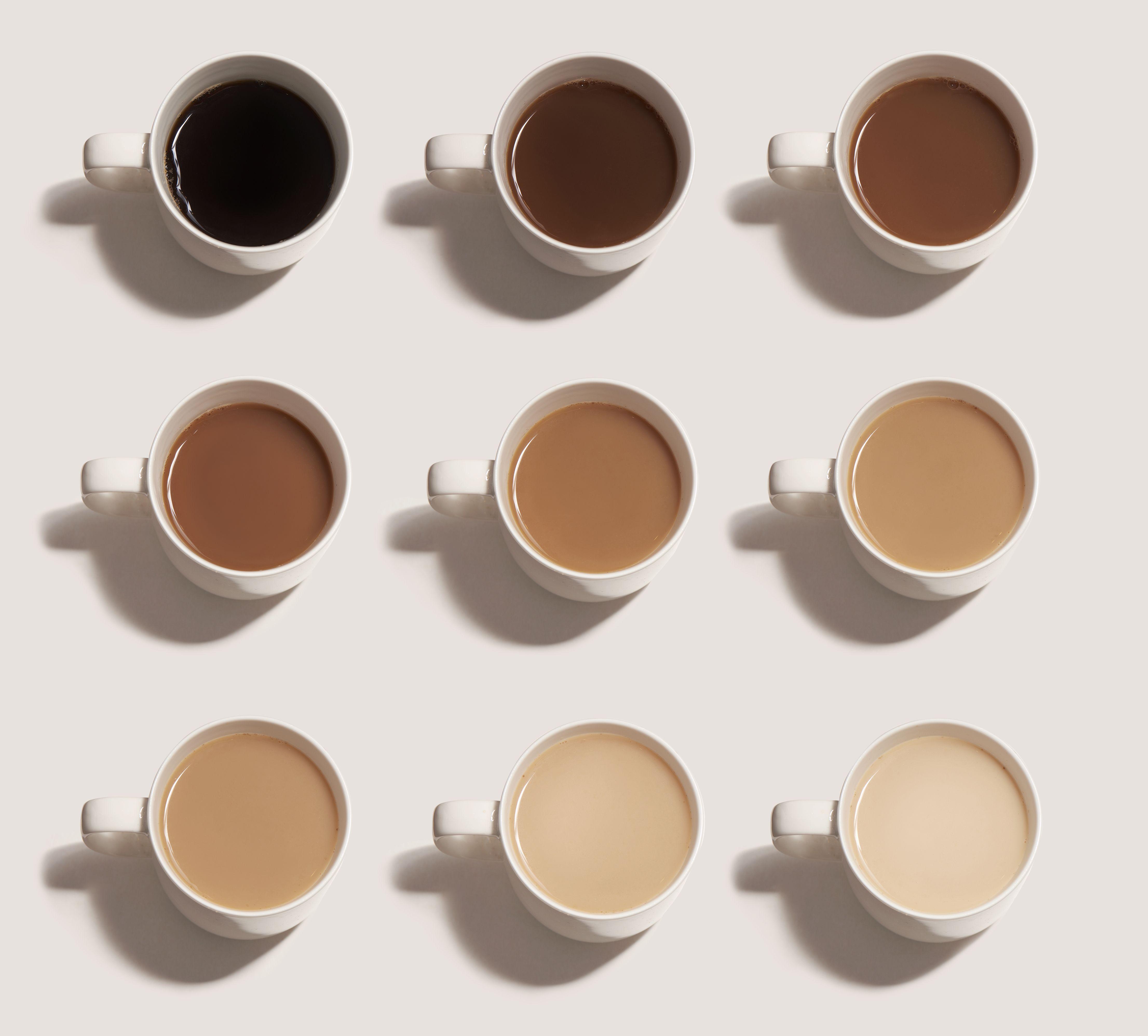 Il colore del caffè è usato per giocare alla battaglia navale grazie a una foto diventata virale