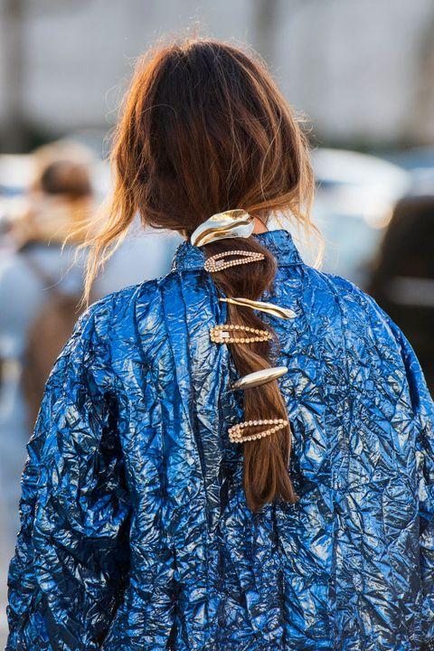 los peinados para el pelo largo con horquillas
