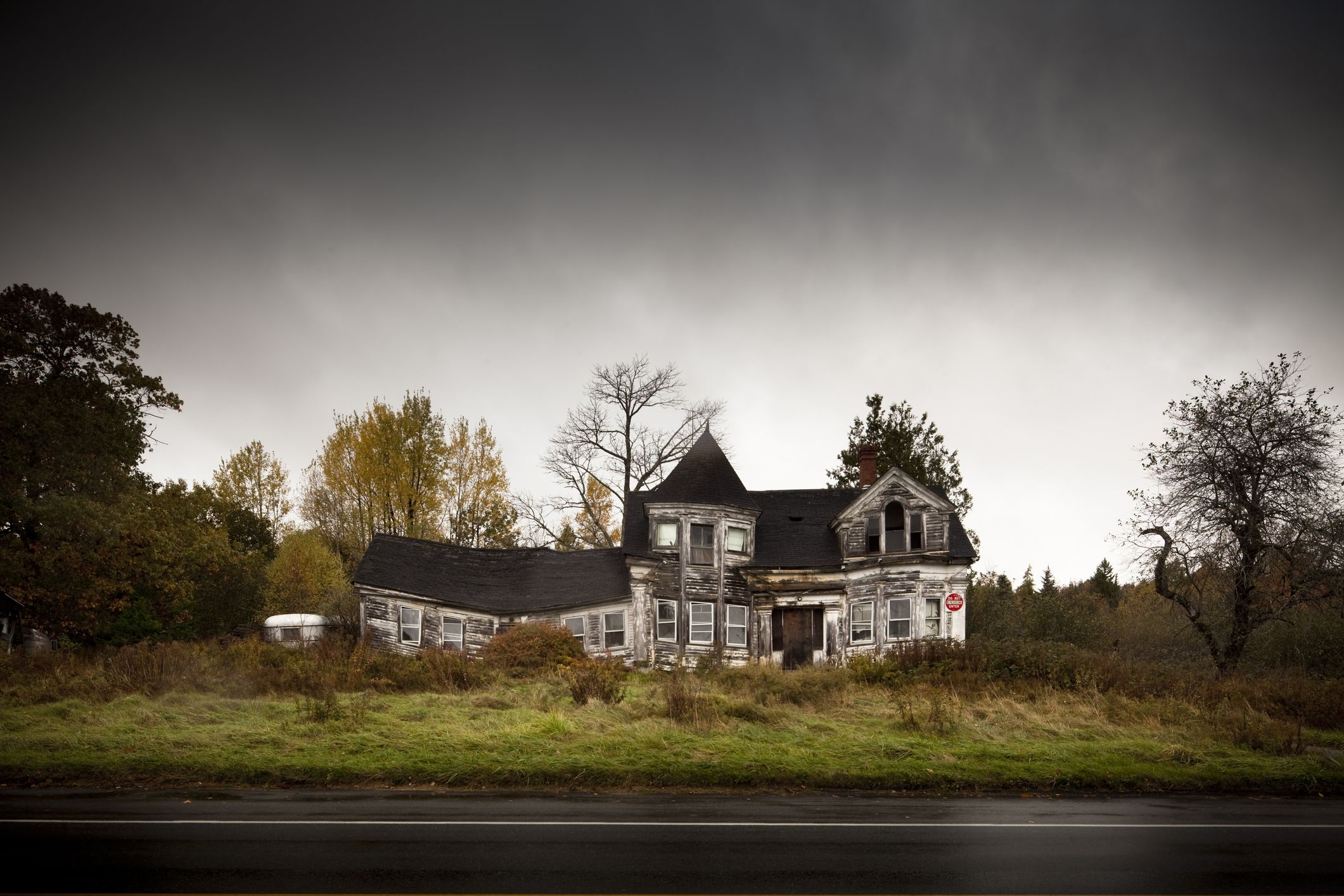 Is My House Haunted 8 Ways To Fix Your Haunted House