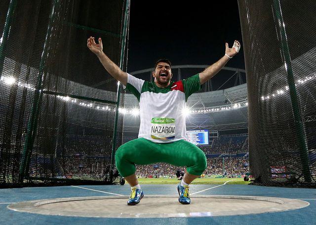 el lanzador tayiko dilshod nazarov celebra eufórico su triunfo en lanzamiento de martillo en río 2016
